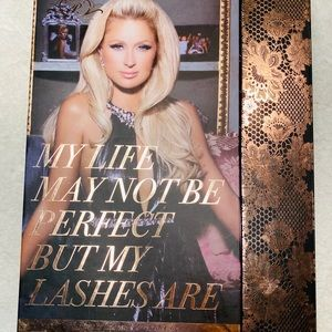 PARIS HILTON 15 Pair Set of Eyelashes NWT